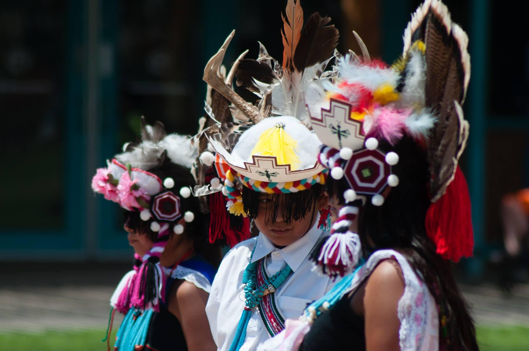 Soaring Eagle Dance Group (Zuni)